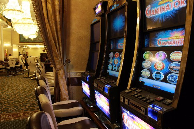 "Pharaon-Casino предлагает популярный слот ""Лягушка Грог"""
