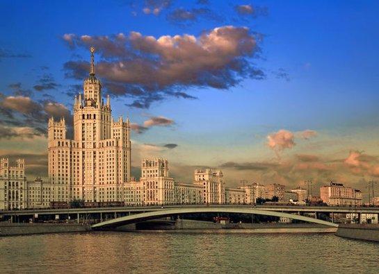 Москва больше не входит в десятку самых дорогих городов для иностранцев