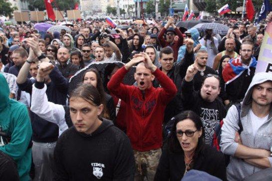 В Братиславе продолжаются протесты