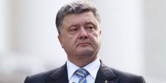 Порошенко разрешил иностранным военным силам присутствовать на Украине