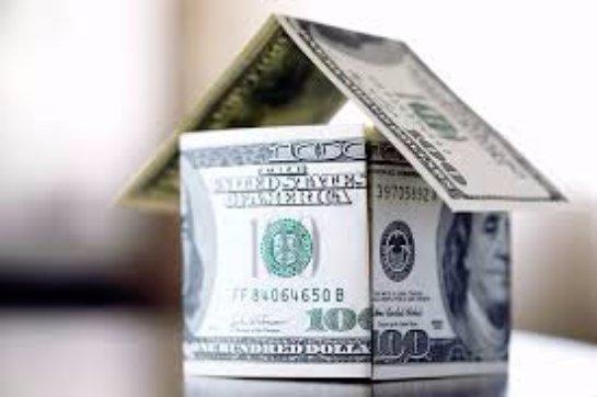 Люди, выплачивающие ипотеку в валюте, обратились в суд против Центробанка и российского правительства