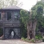 «Домик хоббита» создавали 35 лет