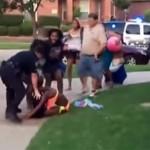 В США оседлавшего юную афроамериканку полицейского отстранили от должности