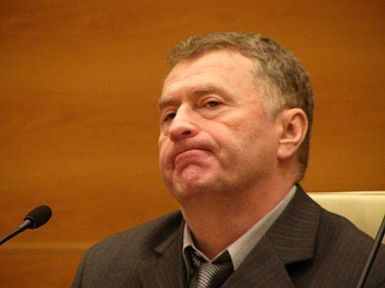 Жириновский передумал судится с