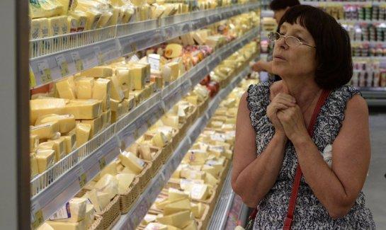 Завезенные в Россию незаконным путем продукты, попадающие под эмбарго, будут уничтожать
