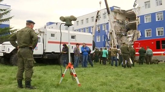 Ремонт здания казармы, которая обрушилась в Омске,  проходил без всякого проекта