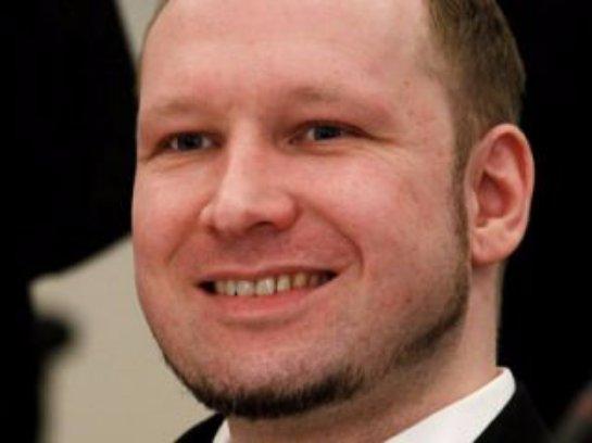 Норвежский убийца Брейвик стал студентом