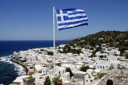 С сегодняшнего дня в Греции заканчиваются банковские каникулы и режим экономии начинает действовать