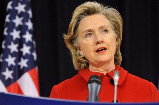 Кремль прокомментировал обвинения Хилари Клинтон в свой адрес