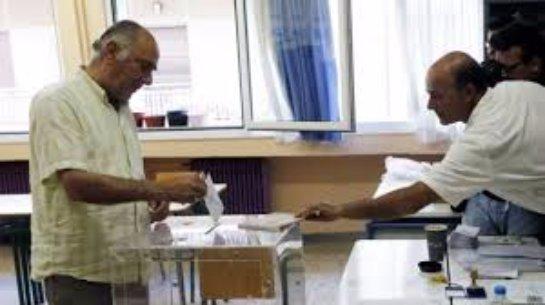 На референдуме в Греции побеждает мнение против мер жесткой экономии