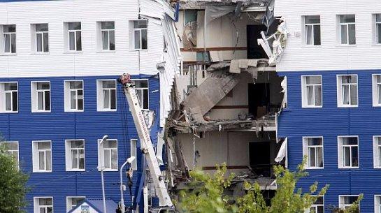 Обрушившуюся в Омске казарму ремонтировать не собираются : ее просто снесут