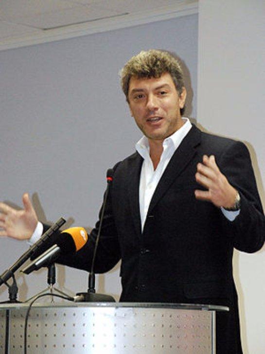 На месте гибели Немцова памятника ему не будет