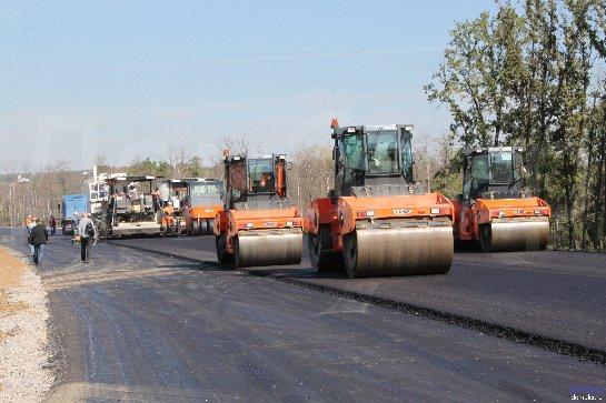 На совещании с правительством Владимир Путин поднимет вопрос содержания и строительства дорог