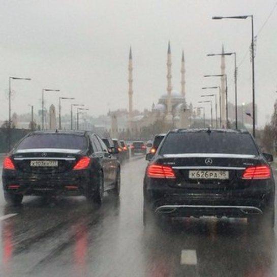 Чеченским чиновникам придется вести себя осторожнее на дорогах