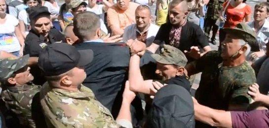 После дневного инцидента с гранатой в Киеве произошла новая массовая драка