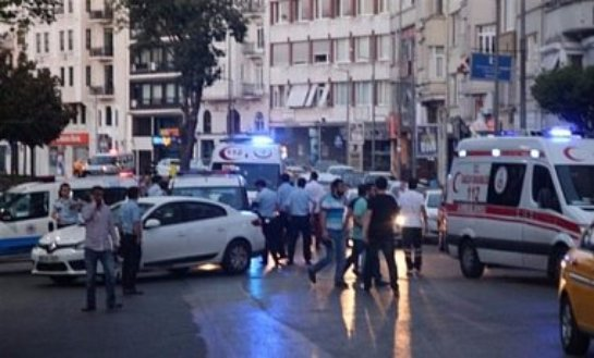 Террористы устроили перестрелку в Станбуле