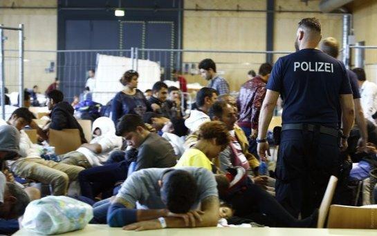 В германском лагере для беженцев произошла масштабная драка