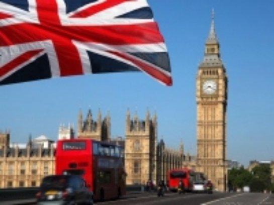 Нелегалы начали перебираться в Великобританию с помощью местной мафии