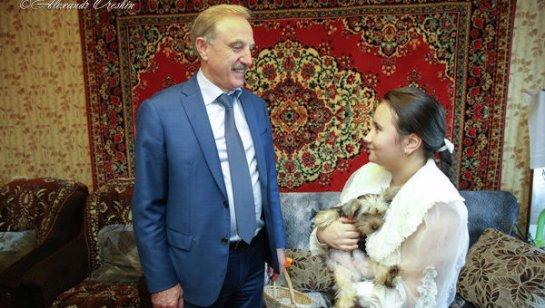 Владимир Путин подарил школьнице из Подмосковья желанную собачку