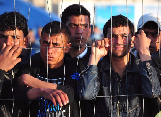 Греция и Италия поделятся 40 тыс. мигрантов согласно квот