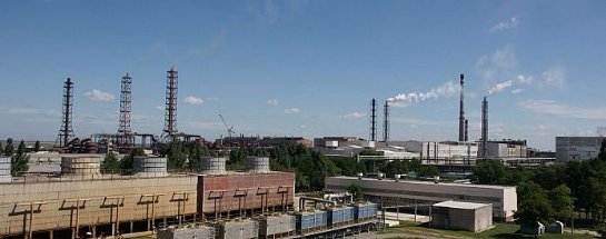 Украинский бизнесмен, владеющий заводом в Крыму, получит помощь от Аксенова
