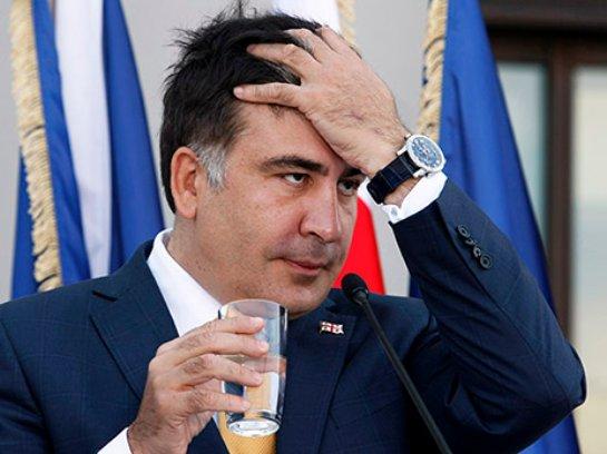 Саакашвили критикует правительство Арсения Яценюка