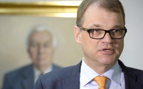 Премьер-министр Финляндии хочет поделиться с беженцами свои кровом