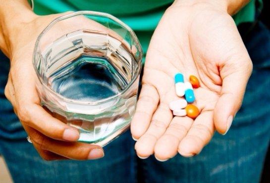 ВИЧ-инфицированных будут лечить отечественными препаратами