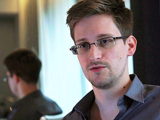 Эдвард Сноуден не разделяет точку зрения российской власти относительно интернета и геев