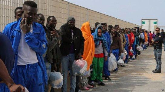 Франция, возможно, также примет беженцев
