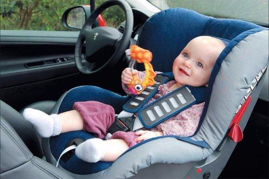 Не стоит пренебрегать детским автокреслом