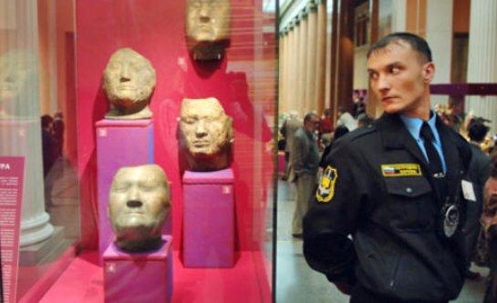 В России сократят полицейскую охрану музеев