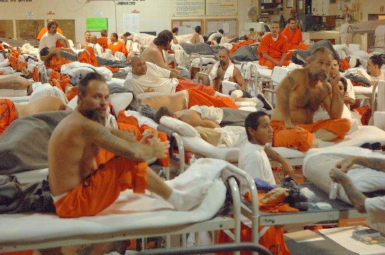 В Соединенных Штатах Америки нет денег на содержание заключенных, и 6 тысяч из них будут выпущены на свободу
