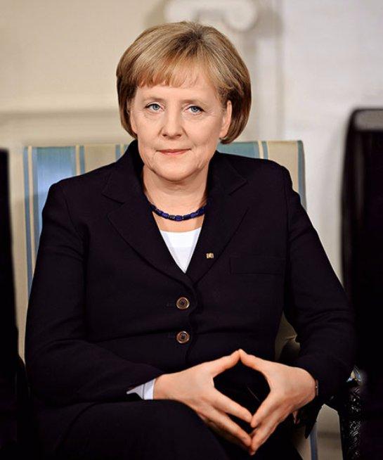 Ангела Меркель впервые отметила, что Крым может остаться в составе Российской Федерации