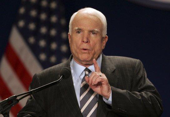 Джон Маккейн призывает атаковать государственные объекты в Сирии в ответ на российскую спецоперацию