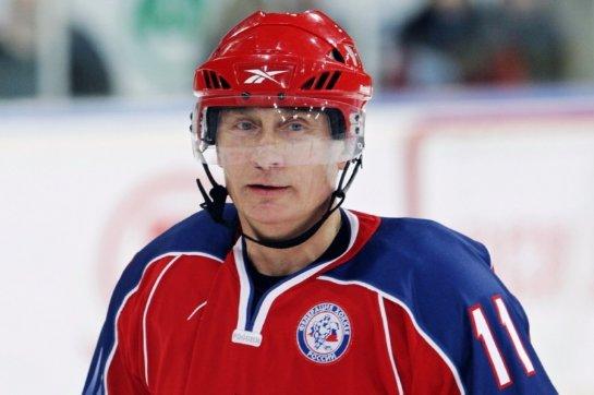 Путин считает, что спорт нельзя смешивать с политикой