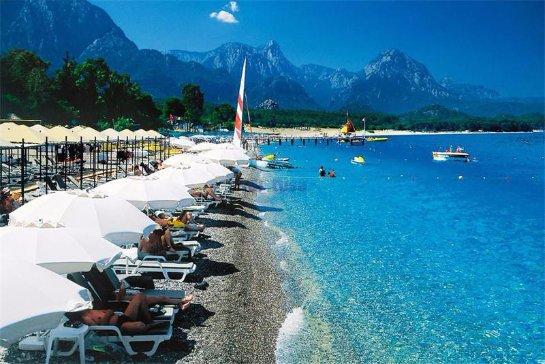 Российские туристы скоро смогут ехать в Турцию с рублями