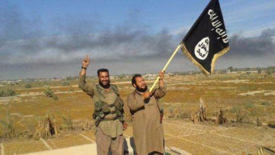 Бывший сотрудник ЦРУ заявил, что турецкие и иракские чиновники позволяют вывозить через свою территорию контрабандную нефть силам ИГ