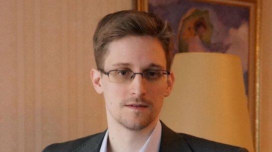 Европарламент признал эдварда Сноудена защитником прав человека и призвал страны ЕС дать ему защиту
