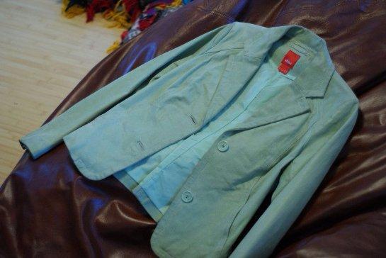 Как почистить пиджак в домашних условиях от