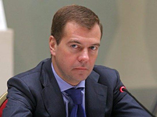 Медведев заявил, что в Сирии Россия защищает себя, так как если террористов не уничтожить, то они придут к ней