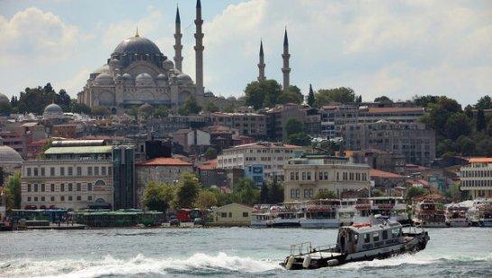 Пострадало голландское консульство в Стамбуле