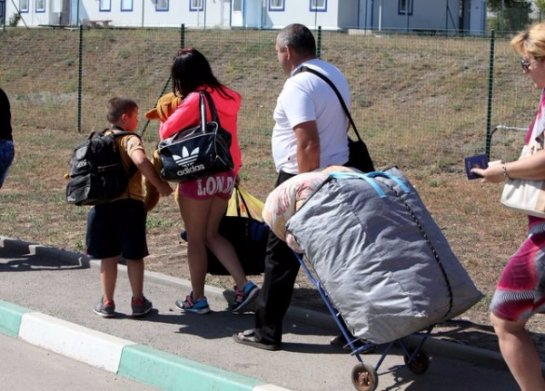 Беженцы возвращаются в Донецк