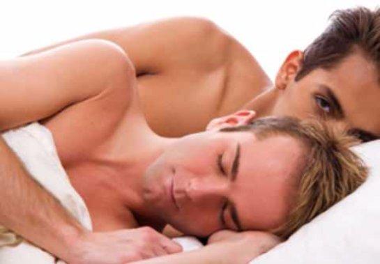 Жители Великобритании не довольны изображением однополого секса на экранах своих телевизоров
