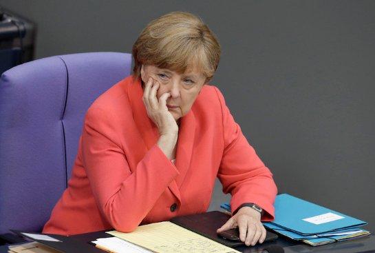 Меркель считает, что до конца года Германии предстоит принять еще около миллиона беженцев
