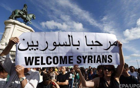В Париже акция, целью которой является поддержка мигрантов
