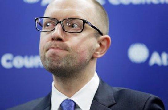 Арсений Яценюк обвинил Владимира Путина в хитрости