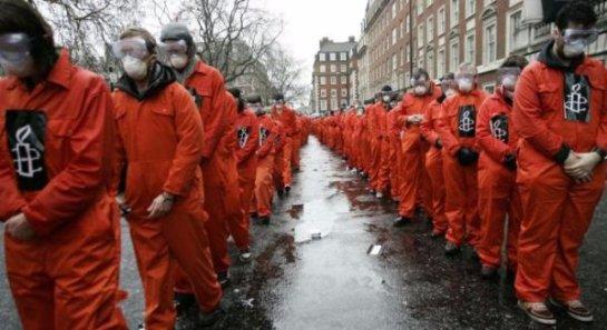 США поделятся заключенными из Гуантанамо