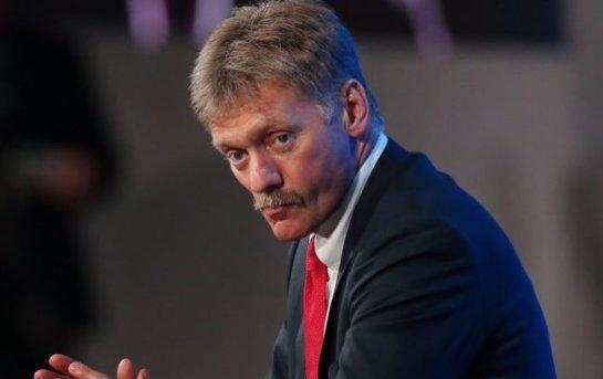 Дмитрий Песков считает, что до разговоров о причинах аварии A321 должно пройти время
