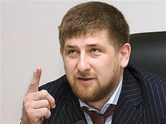 Кадыров похвалил кукольный талант Порошенка и Яценюка